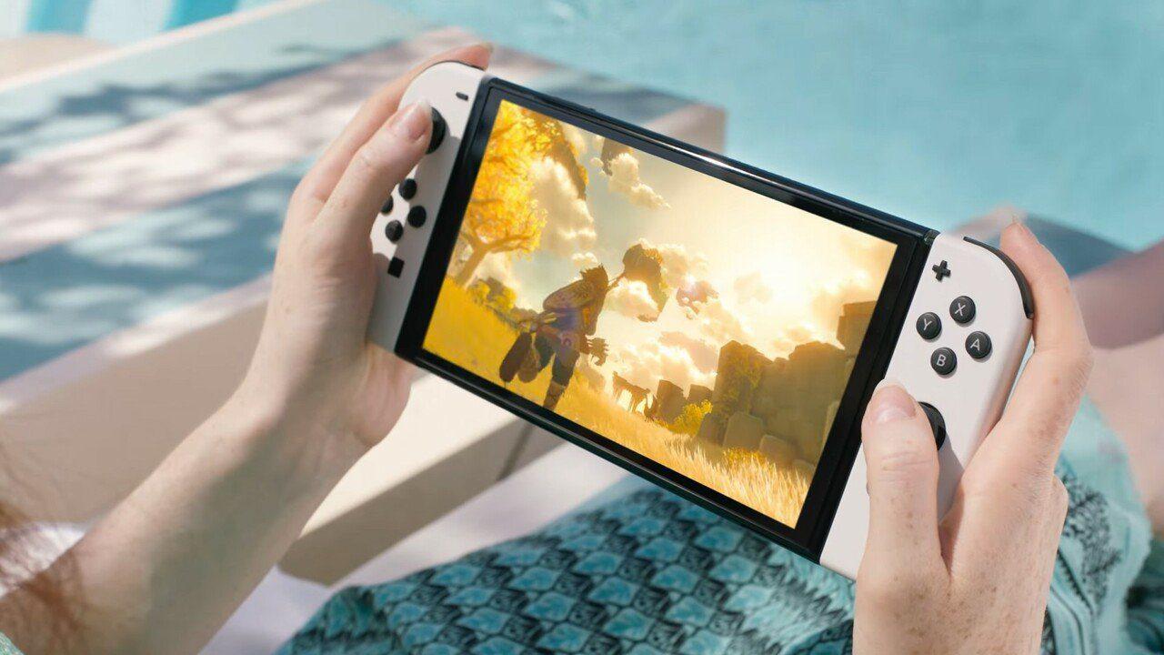 Mổ xẻ Nintendo Switch OLED: Có gì khác biệt so với bản cũ?