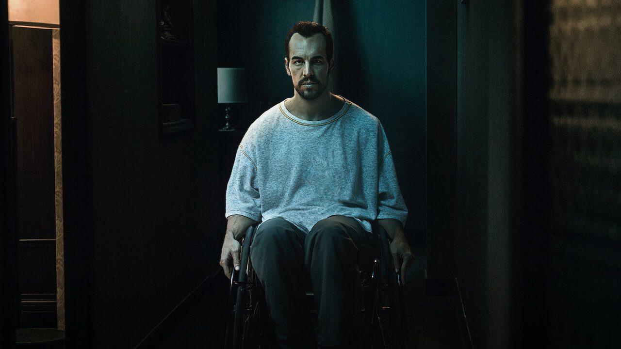 The Paramedic (2020): Phim tâm lý giật gân hấp dẫn vì diễn xuất tuyệt vời của Mario Casas - Mario Casas